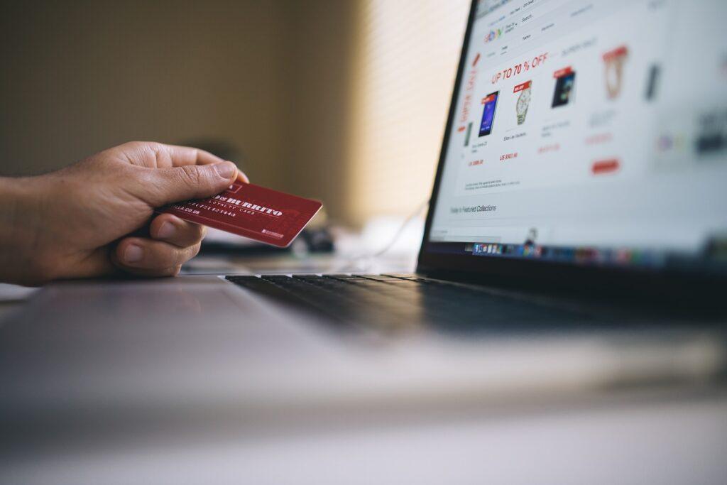 Ketahui Cara Menarik Pelanggan Agar Membeli Produk Kita